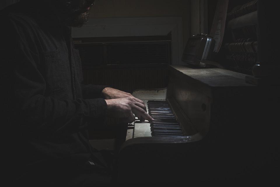 Qu'est-ce que le MIDI ? Une introduction à l'outil le plus influent que la musique ait jamais vu